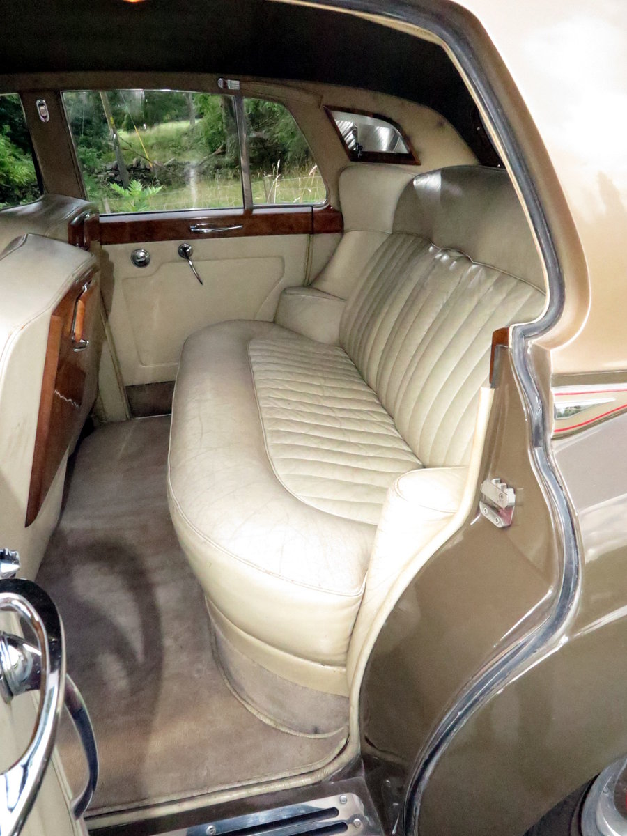 1961 Rolls-Royce Silver Cloud II Four Door Saloon SZD241 For Sale (picture 6 of 6)