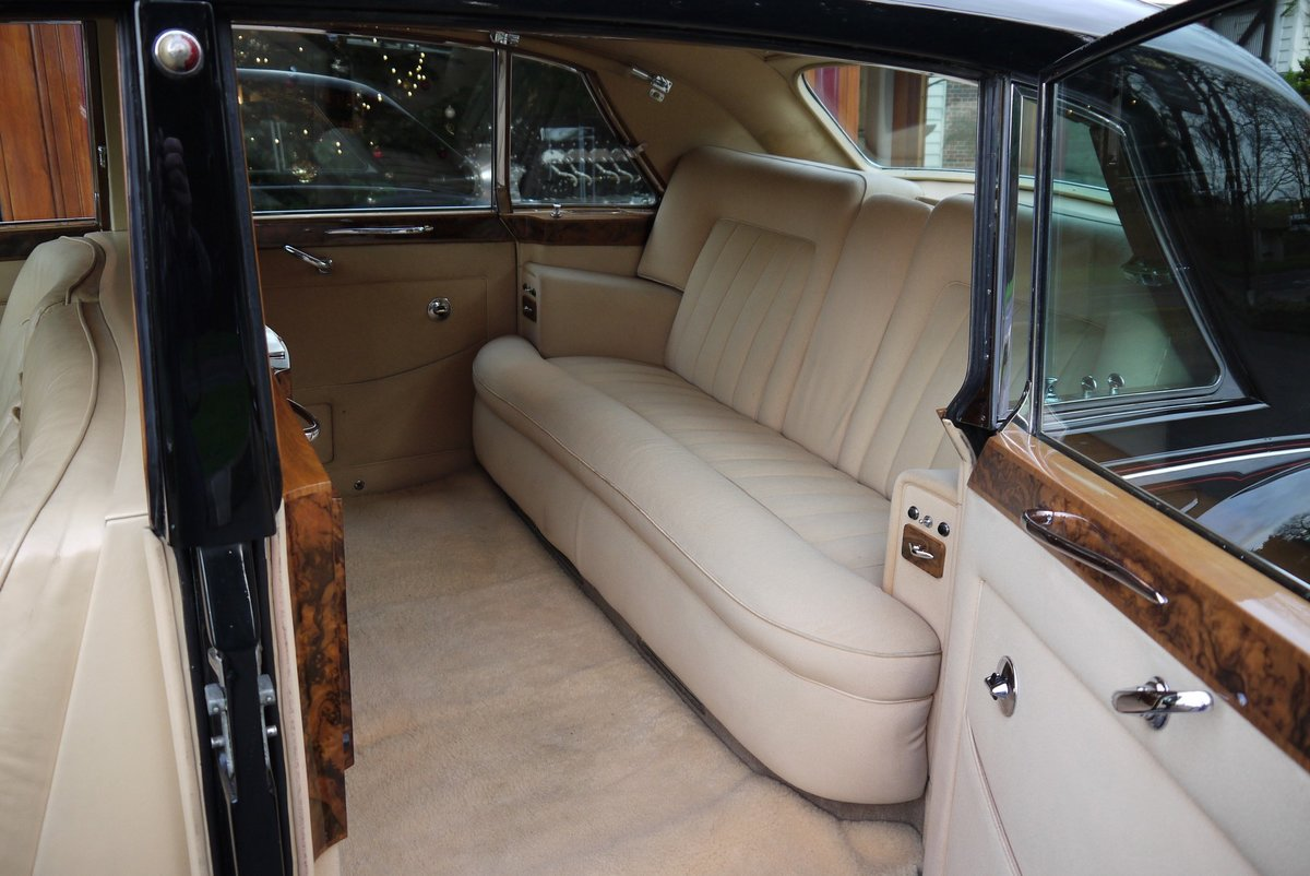 Rolls-Royce Phantom V 1966 LHD PV23 Limousine by James Young For Sale (picture 3 of 6)