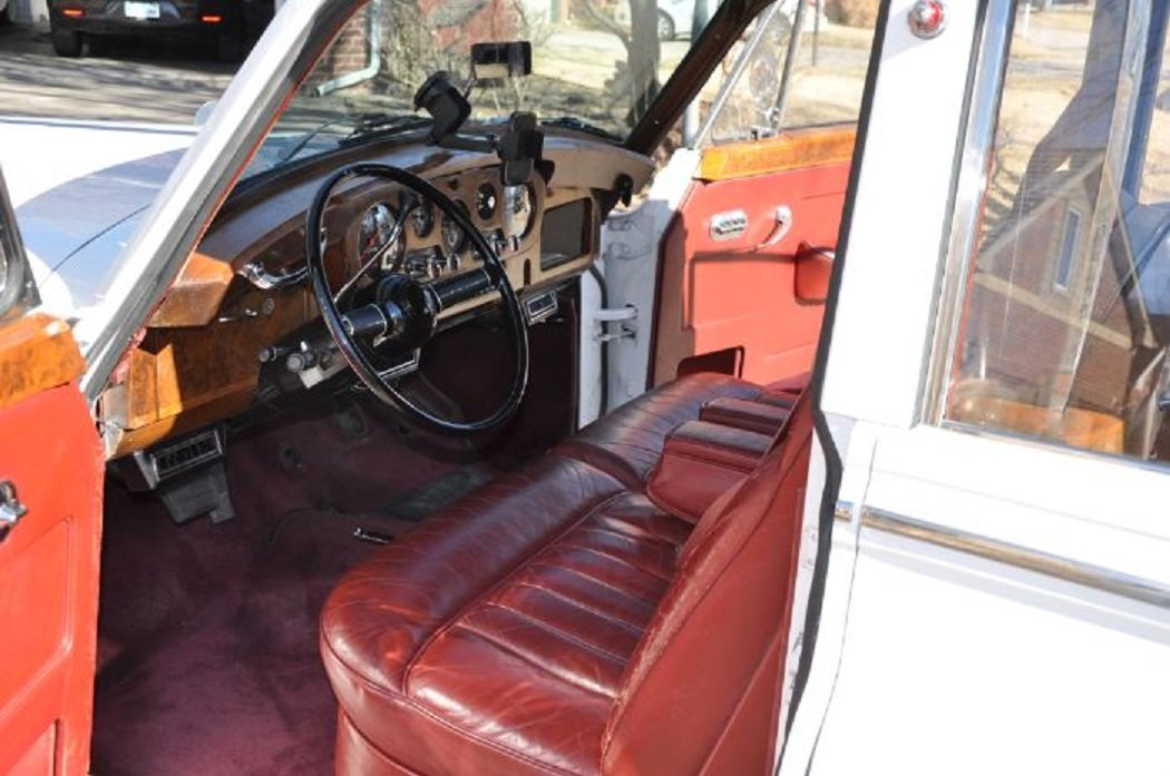 1962 Rolls Royce Silver Shadow 4DR Sedan For Sale (picture 5 of 6)
