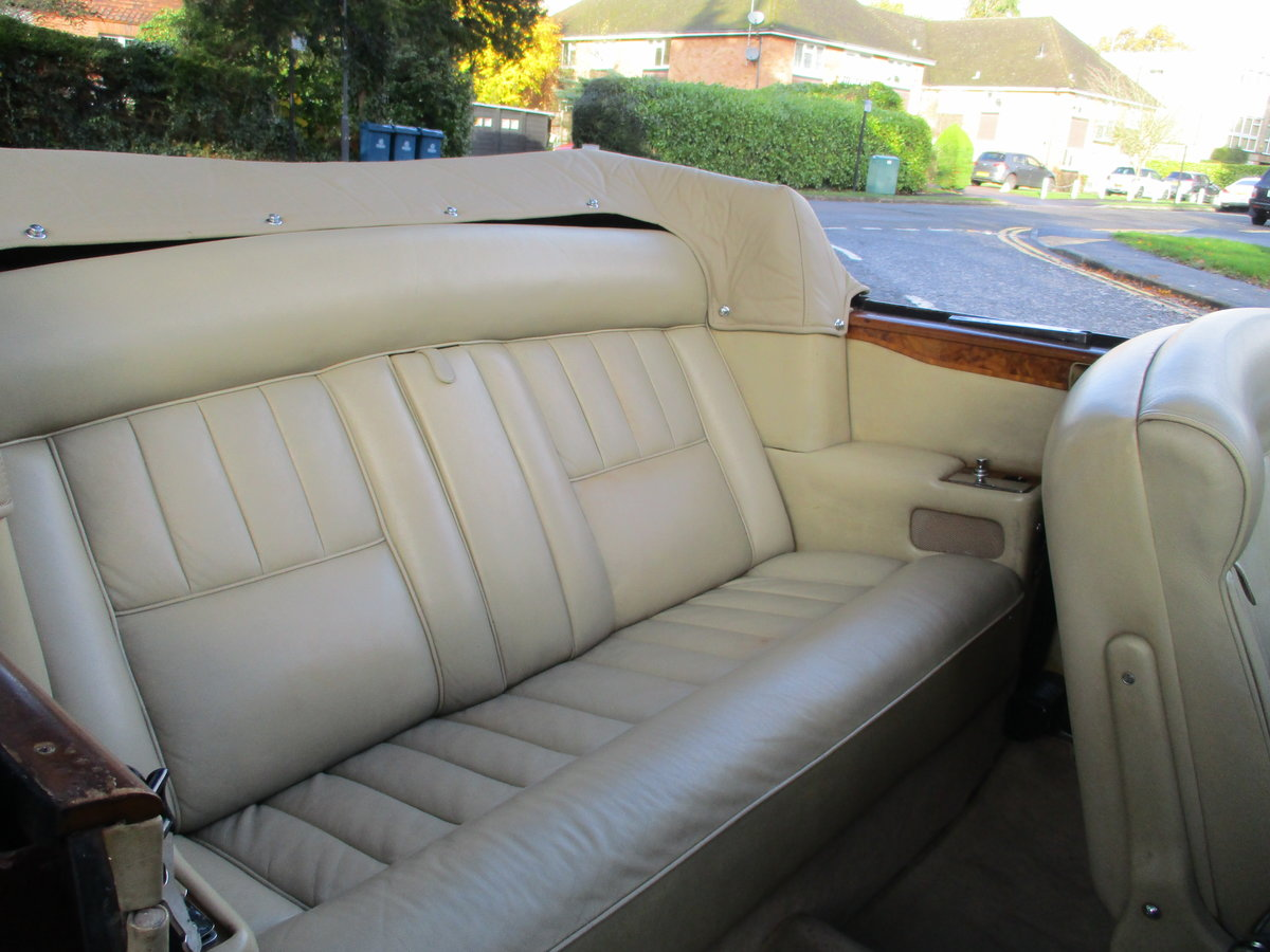 ROLLS CORNICHE CONVERTIBLE 1972 35,900 MILES   ONLY For Sale (picture 5 of 22)