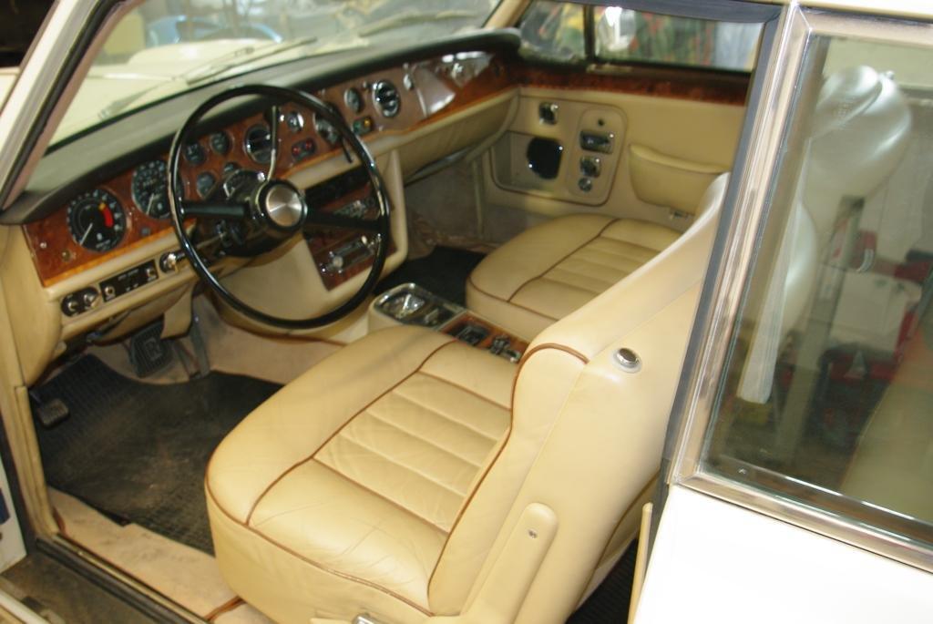 1978 RR corniche coupe sun roof 1973 For Sale (picture 6 of 6)
