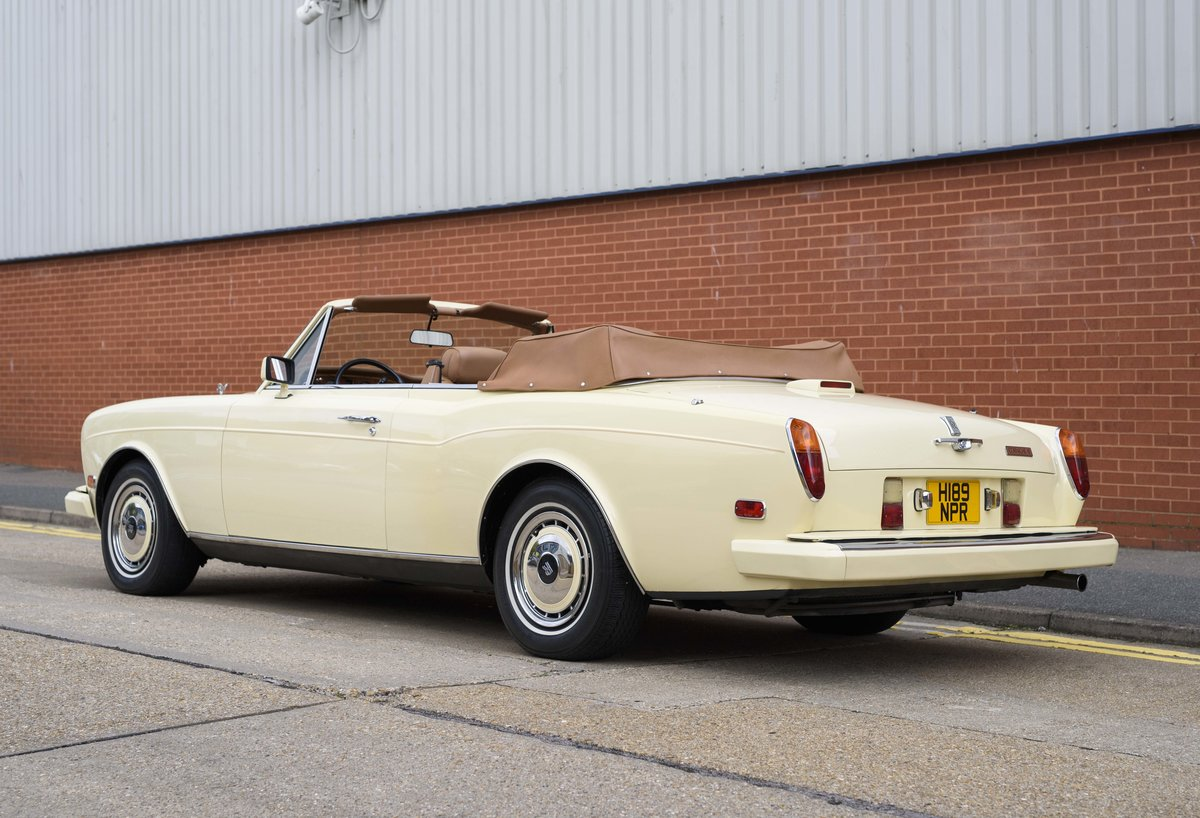 1991 Rolls-Royce Corniche III Convertible for sale in London For Sale (picture 4 of 23)