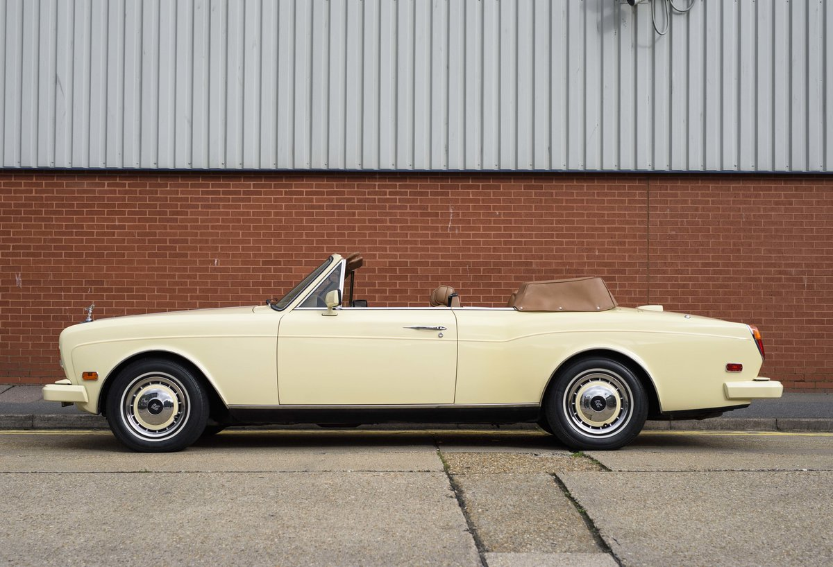 1991 Rolls-Royce Corniche III Convertible for sale in London For Sale (picture 6 of 23)