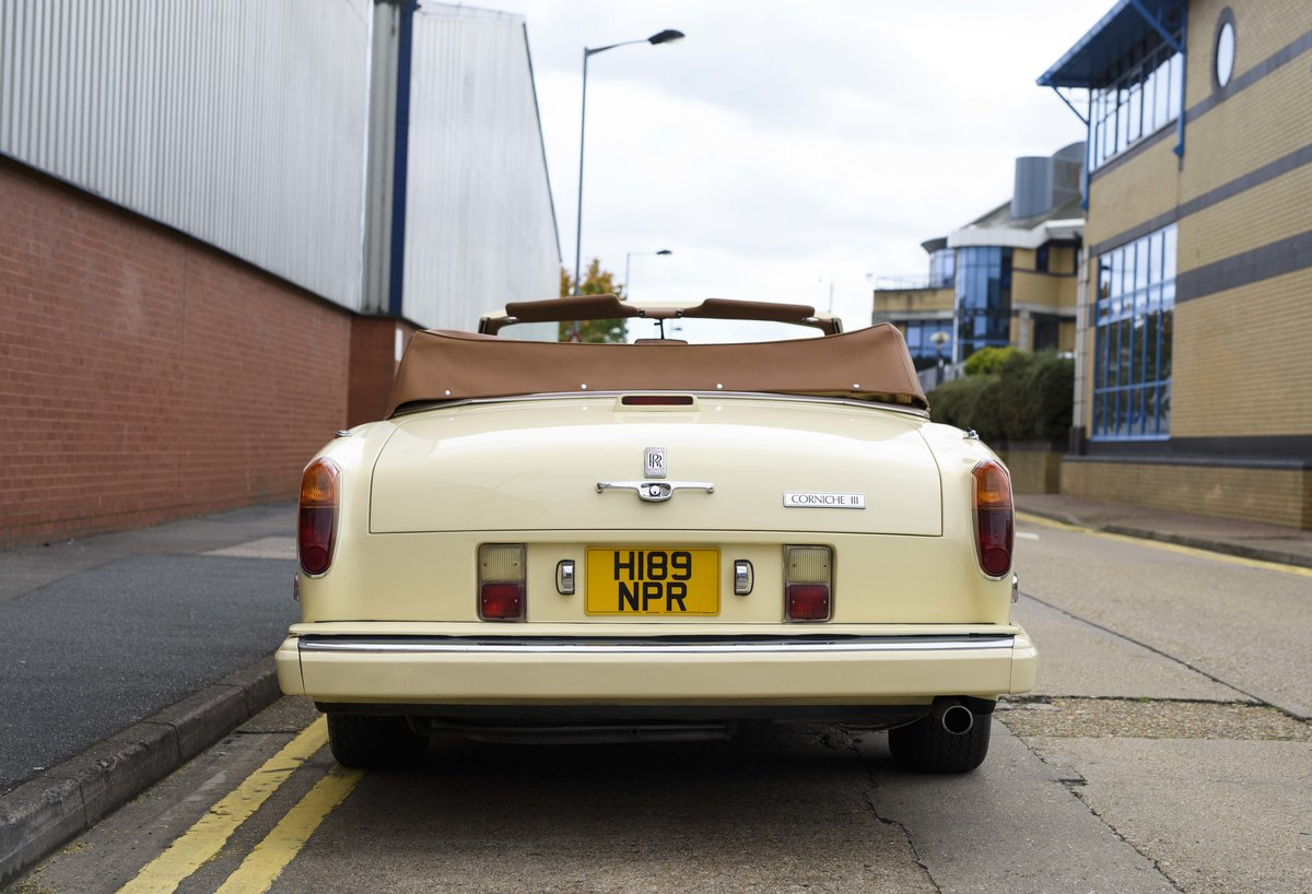 1991 Rolls-Royce Corniche III Convertible for sale in London For Sale (picture 8 of 23)
