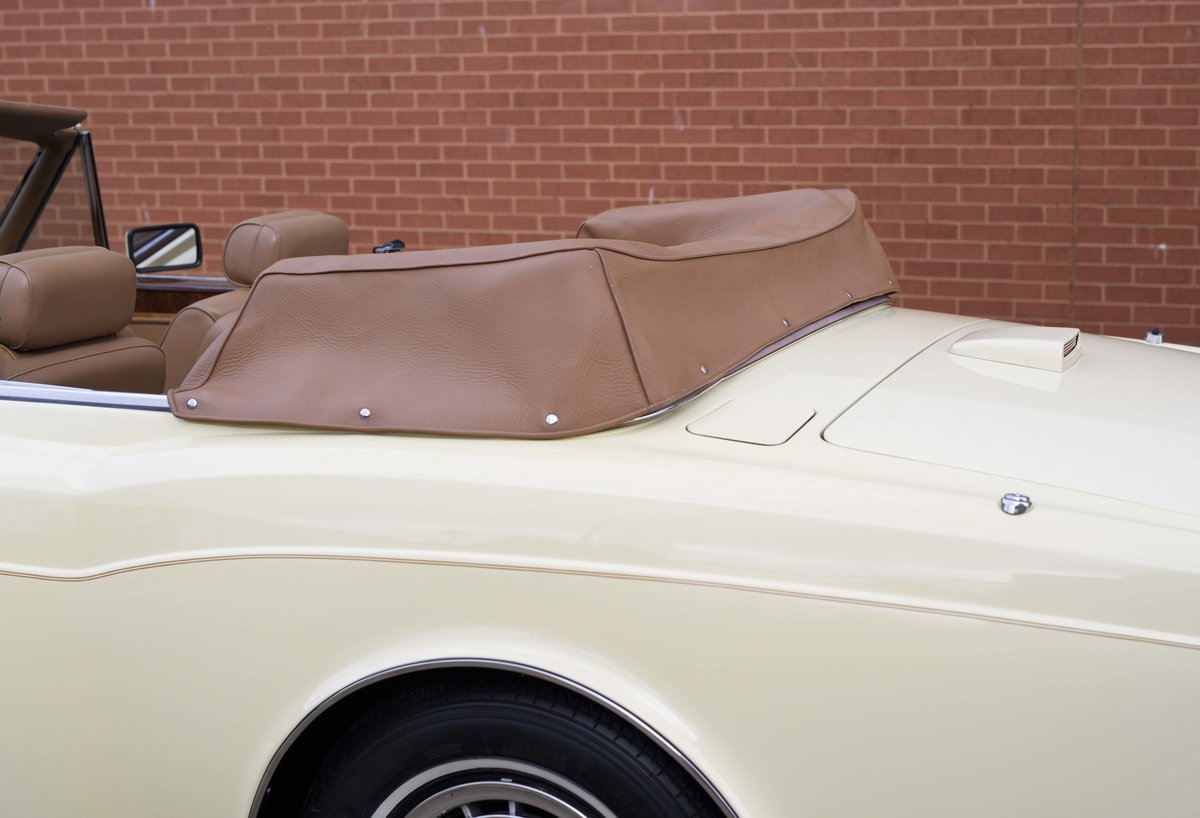 1991 Rolls-Royce Corniche III Convertible for sale in London For Sale (picture 10 of 23)
