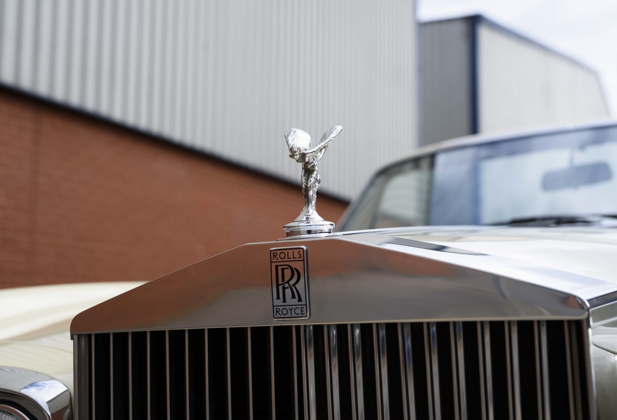 1991 Rolls-Royce Corniche III Convertible for sale in London For Sale (picture 13 of 23)