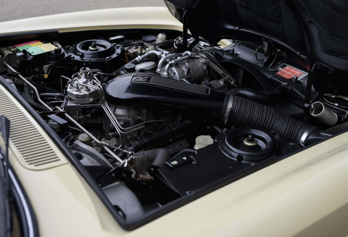 1991 Rolls-Royce Corniche III Convertible for sale in London For Sale (picture 23 of 23)