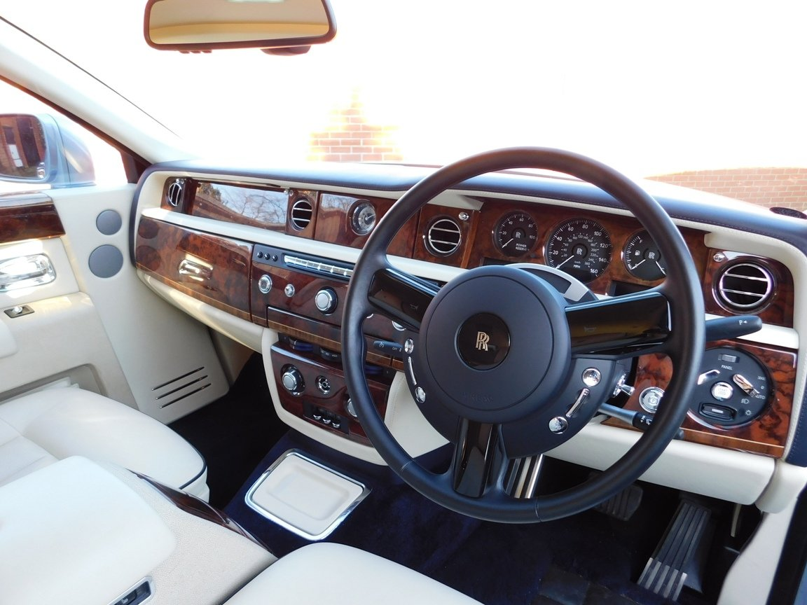 2016 Rolls Royce Phantom For Sale (picture 10 of 20)