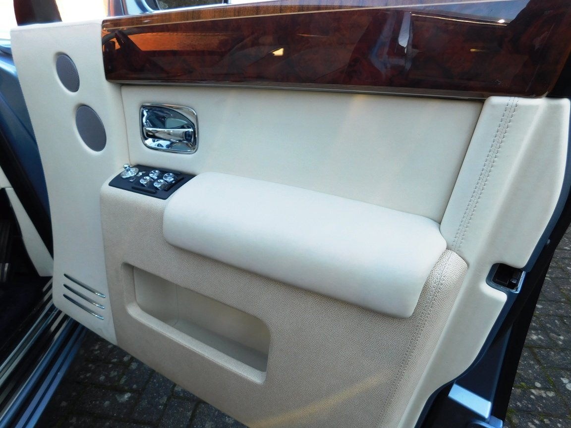 2016 Rolls Royce Phantom For Sale (picture 17 of 20)