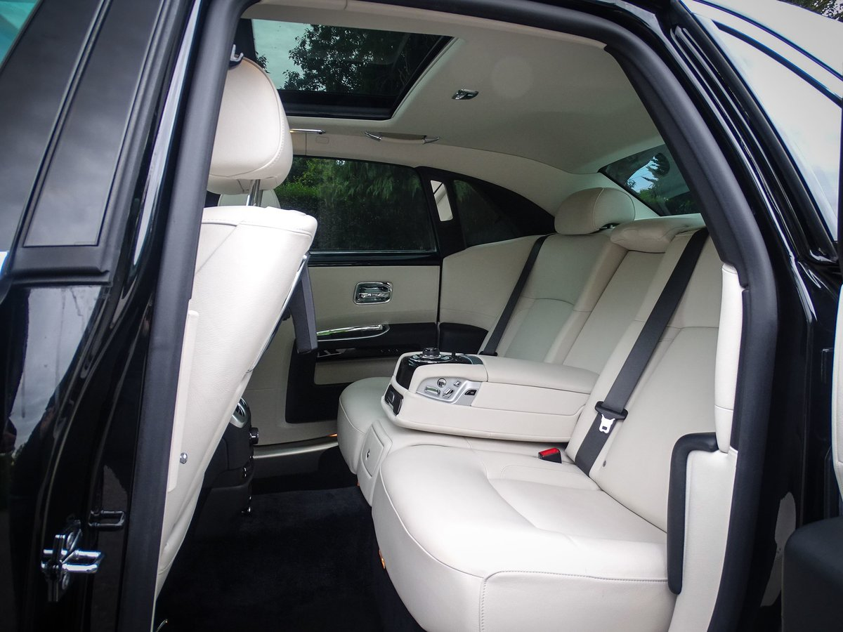 2014 ROLLS ROYCE  GHOST  V12 SALOON LHD AUTO  109,948 For Sale (picture 16 of 24)