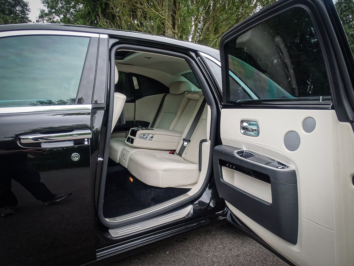 2014 ROLLS ROYCE  GHOST  V12 SALOON LHD AUTO  109,948 For Sale (picture 17 of 24)