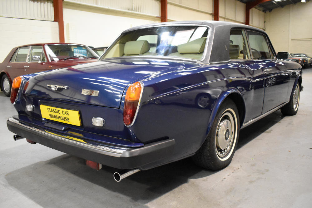 1981 Excellent example with extensive service history For Sale (picture 2 of 6)