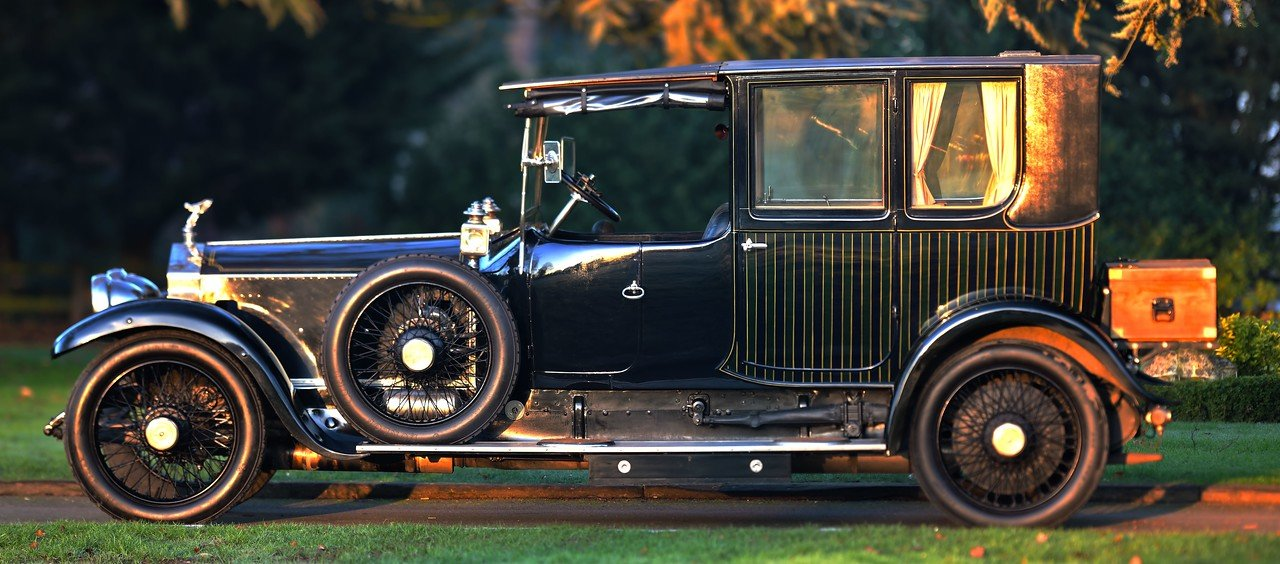 Image result for 1912 rolls royce vertical striped paint