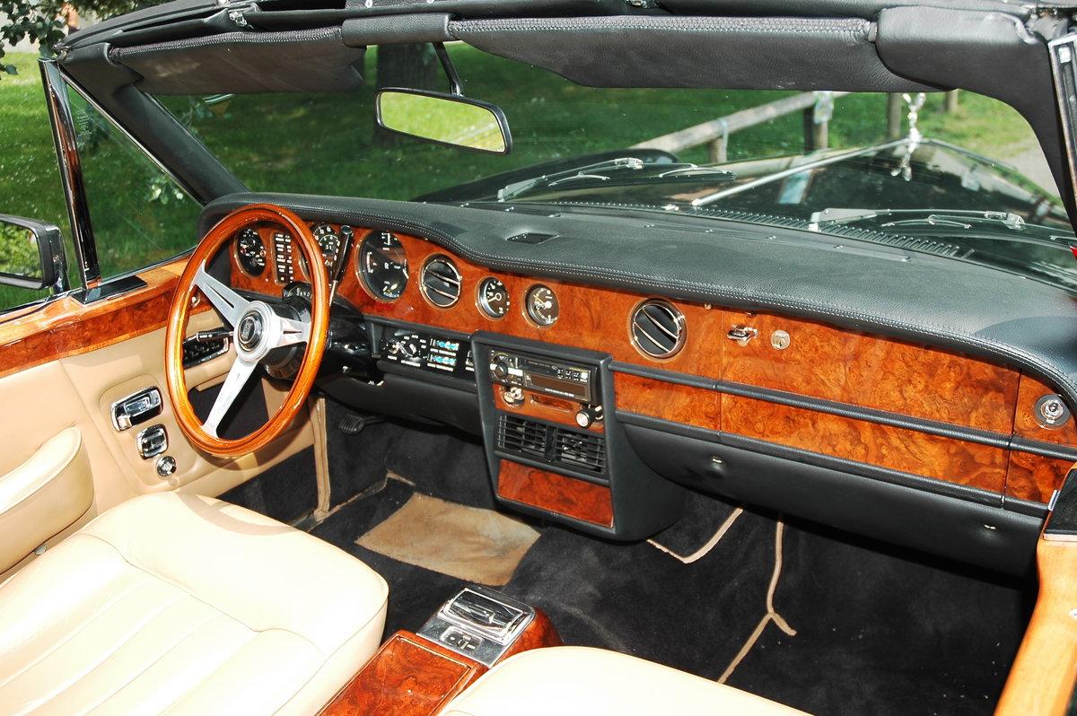 1976 Rolls Royce Corniche Cabriolet For Sale (picture 2 of 6)