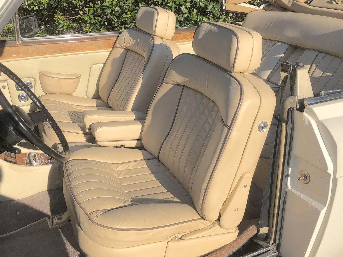 1988 ROLLS ROYCE CORNICHE CONVERTIBLE MKII      LHD For Sale (picture 5 of 6)