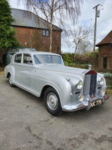 Picture of 1954 Rolls Royce Silver Dawn James Young Coach built