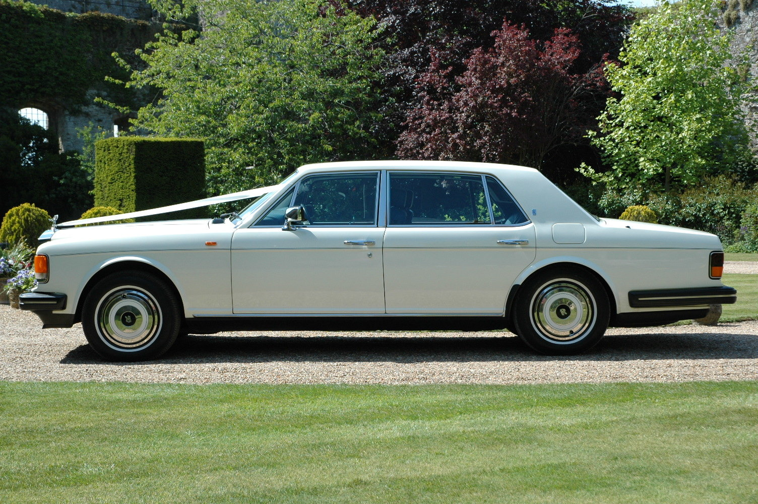 1988 Rolls-Royce Silver Spur in White For Sale (picture 4 of 6)