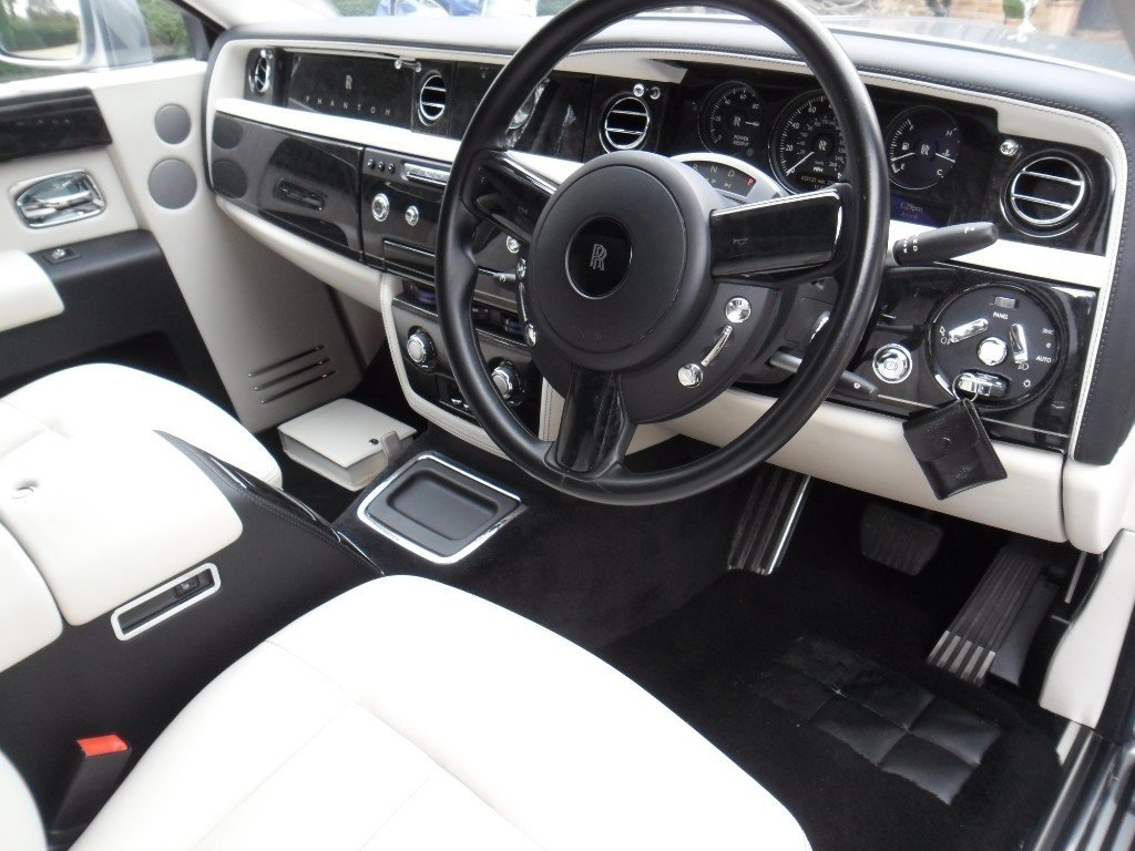 2016 ROLLS-ROYCE PHANTOM SERIES 2 For Sale (picture 3 of 6)