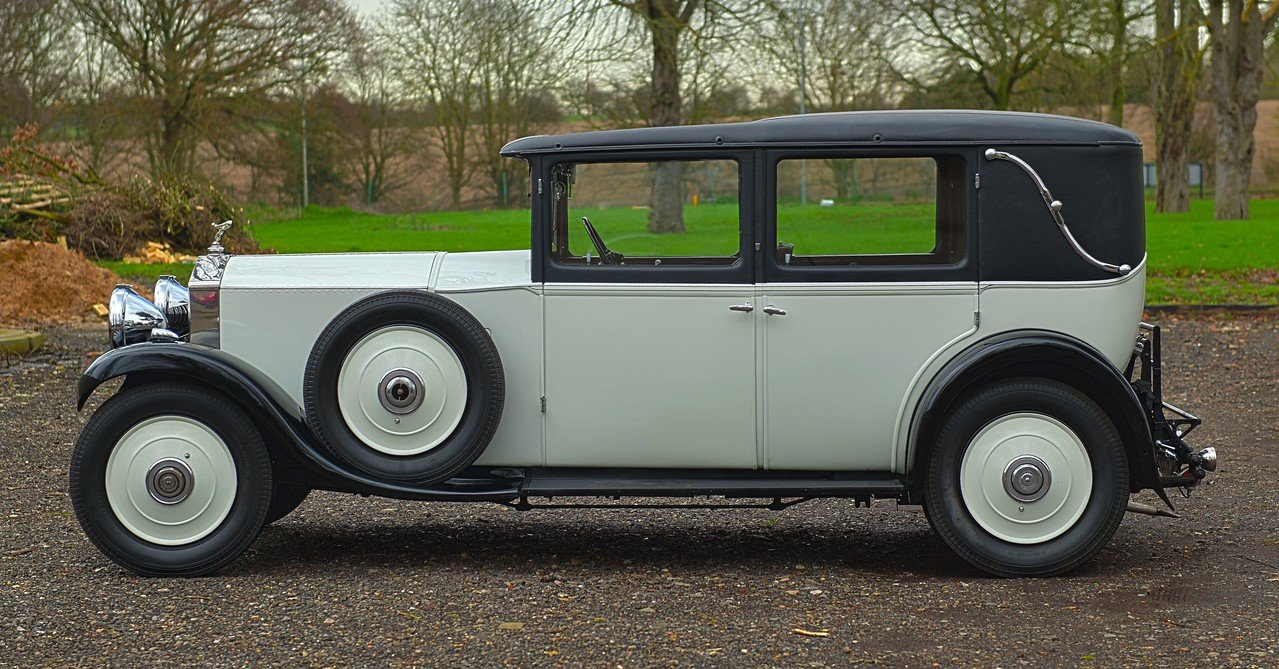 1931 Rolls Royce 20/25 H.J. Mulliner 4 Light Saloon For Sale (picture 2 of 6)