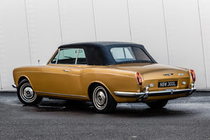 1973 Rolls Royce Corniche Convertible-Only 26552 Miles For Sale (picture 2 of 6)