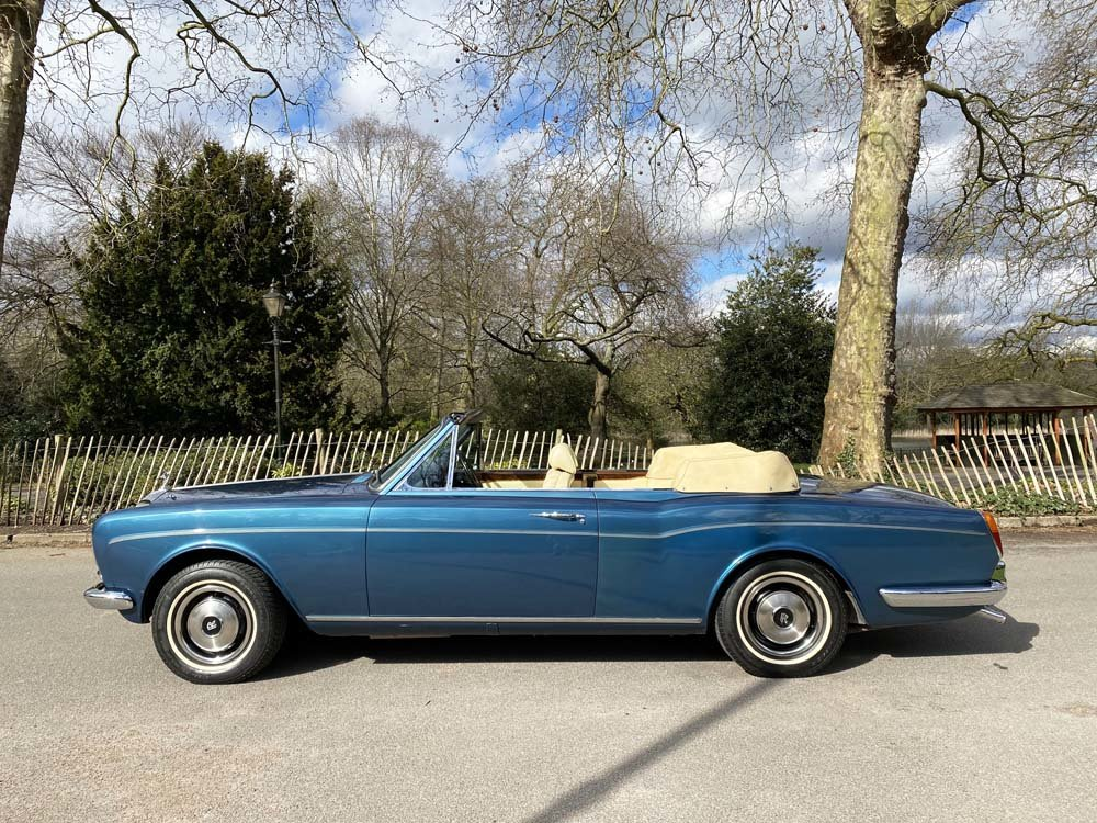 1976 Rolls-Royce Corniche 1A DHC with 11.000 miles only For Sale (picture 3 of 24)