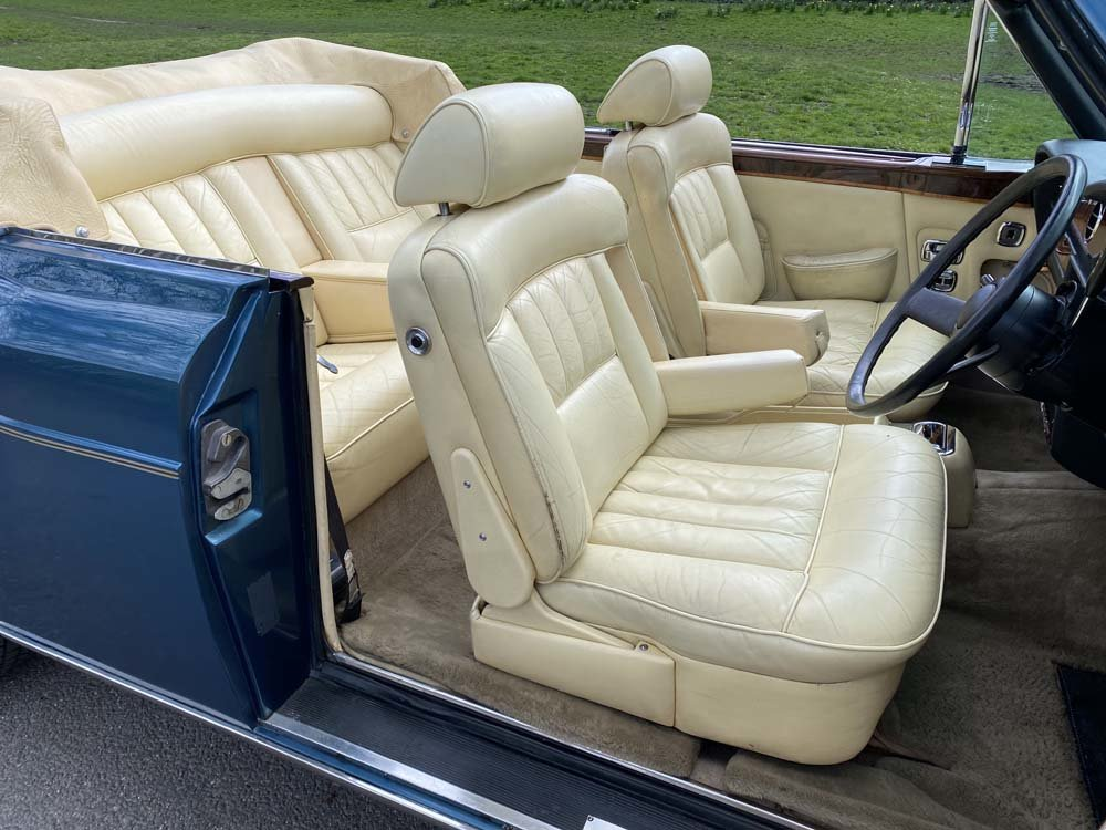 1976 Rolls-Royce Corniche 1A DHC with 11.000 miles only For Sale (picture 6 of 24)