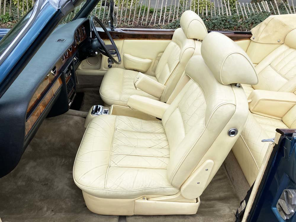 1976 Rolls-Royce Corniche 1A DHC with 11.000 miles only For Sale (picture 10 of 24)