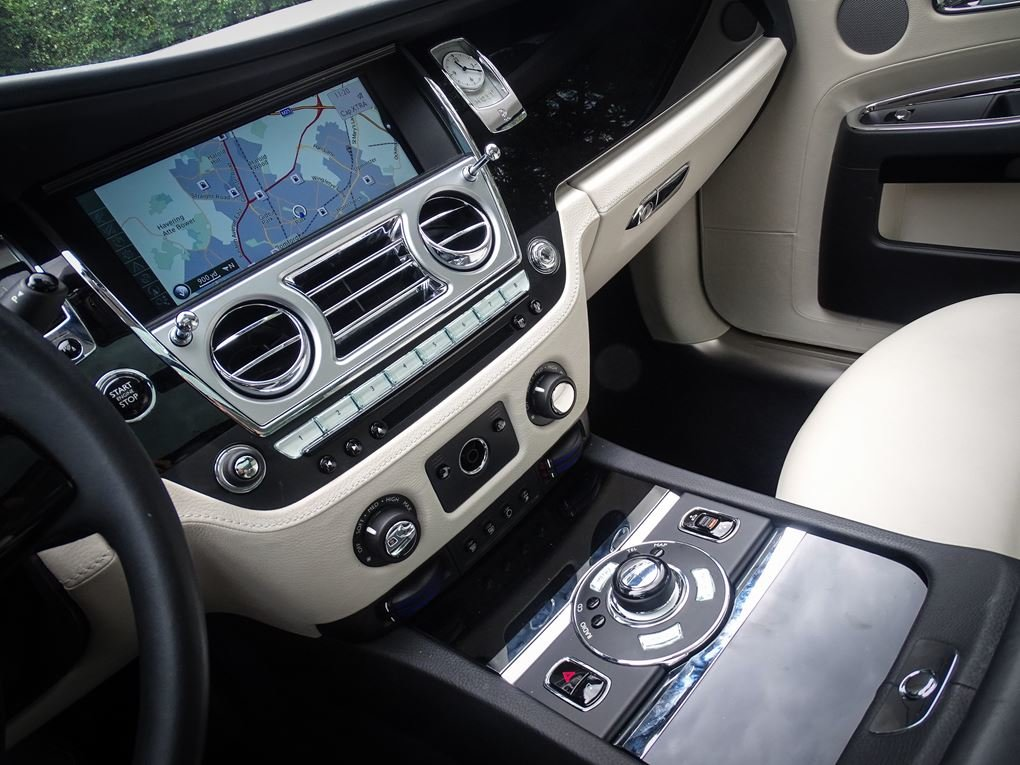 2014 ROLLS ROYCE  GHOST  V12 SALOON LHD AUTO  99,948 For Sale (picture 8 of 24)
