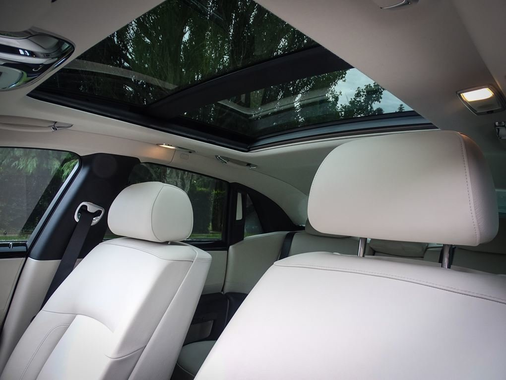 2014 ROLLS ROYCE  GHOST  V12 SALOON LHD AUTO  99,948 For Sale (picture 15 of 24)