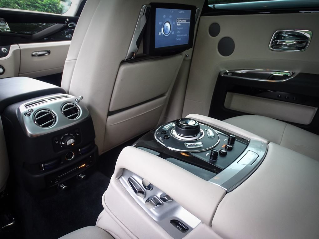 2014 ROLLS ROYCE  GHOST  V12 SALOON LHD AUTO  99,948 For Sale (picture 19 of 24)