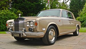 ROLLS ROYCE SILVER SHADOW  ONLY 16K MILES 2 OWNERS FROM NEW!