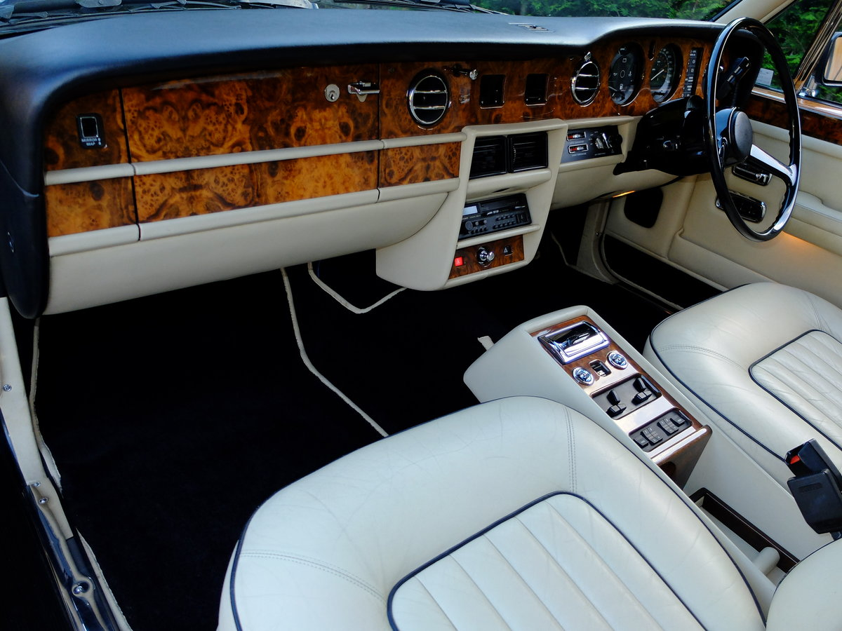 1987 ROLLS ROYCE SILVER SPIRIT - IMPECCABLE - 4IK MILES ! SOLD (picture 5 of 6)