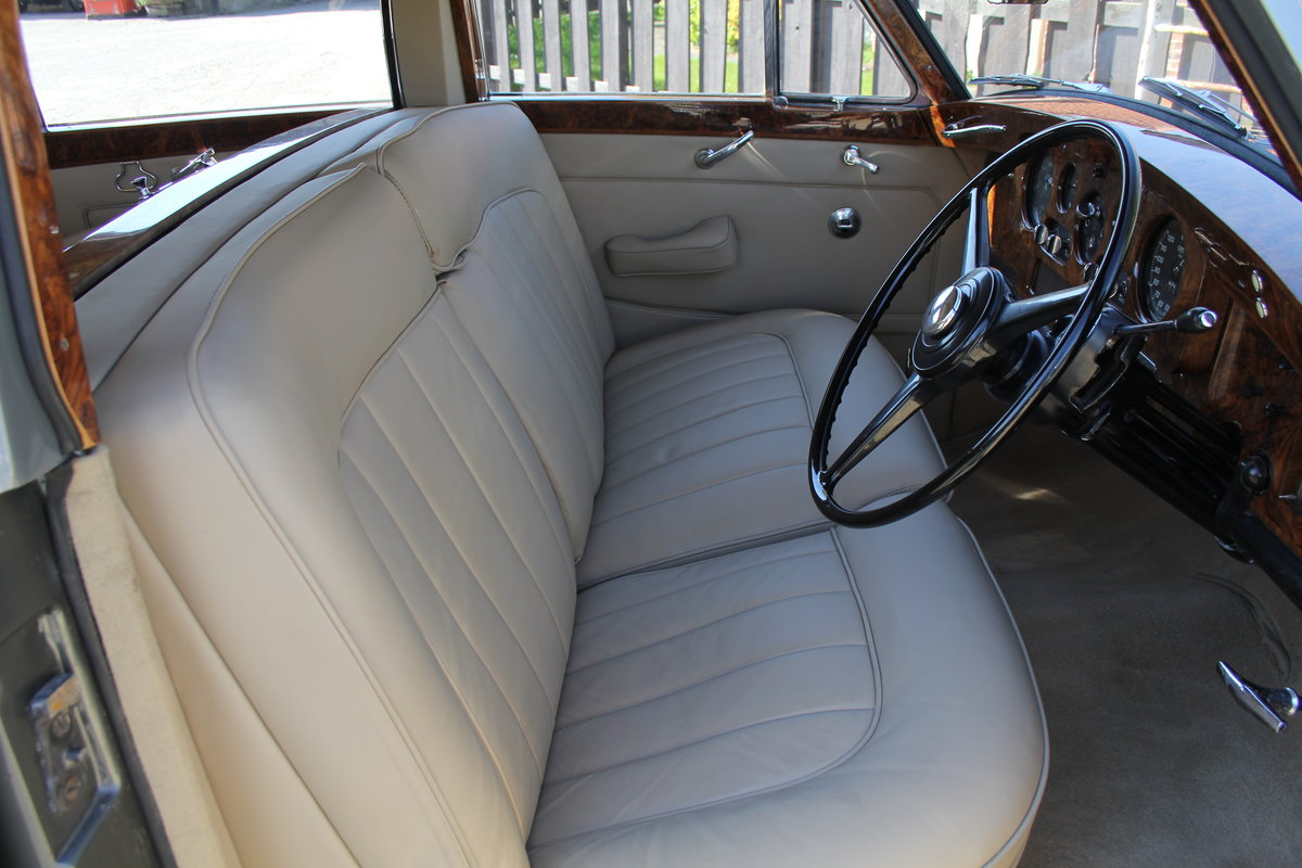 1962 Rolls Royce Silver Cloud II SCT100, Full Re-Trim, 20k Spent For Sale (picture 8 of 20)