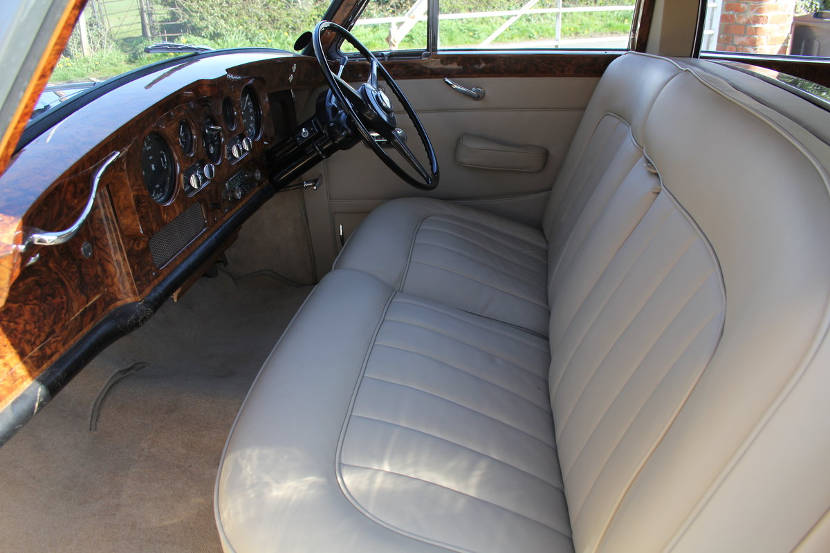 1962 Rolls Royce Silver Cloud II SCT100, Full Re-Trim, 20k Spent For Sale (picture 11 of 20)