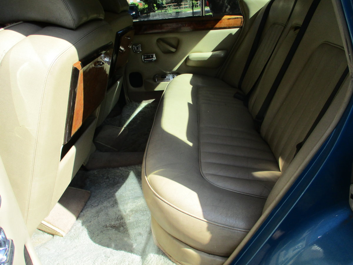 1980 ROLLS ROYCE SILVER SHADOW 2 1979 V For Sale (picture 11 of 21)