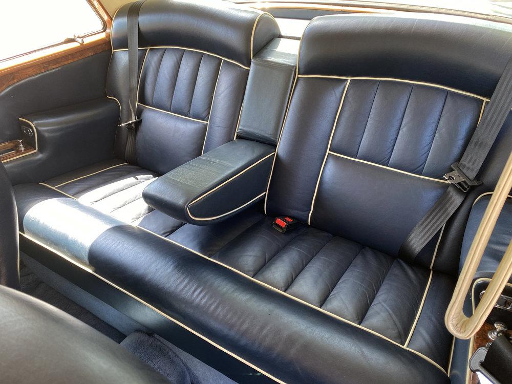 1972 Rolls-Royce Corniche FHC - impeccable condition For Sale (picture 15 of 24)
