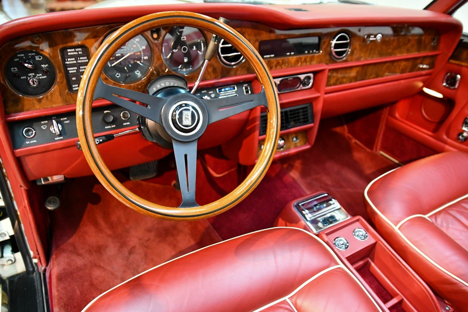 Rolls-Royce Corniche Convertible 1984 For Sale by Auction (picture 5 of 6)