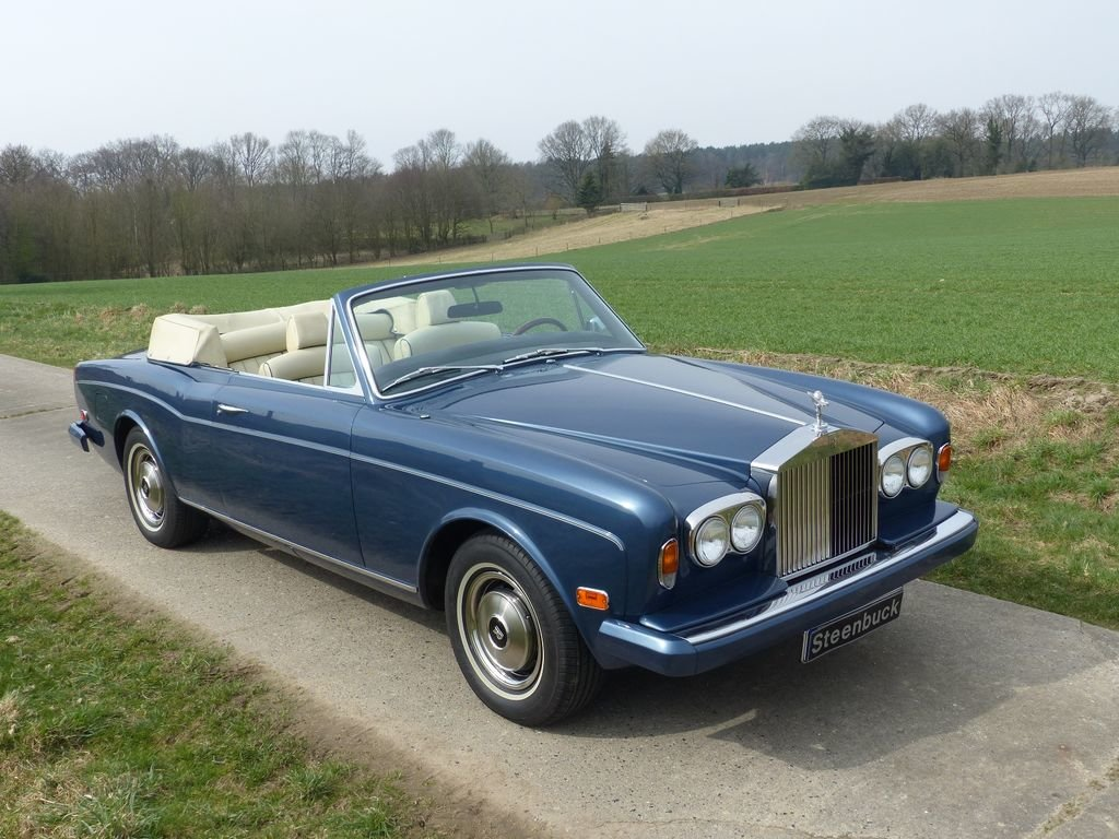 1975 Rolls-Royce Corniche Convertible - one of 587 LHD For Sale (picture 2 of 6)