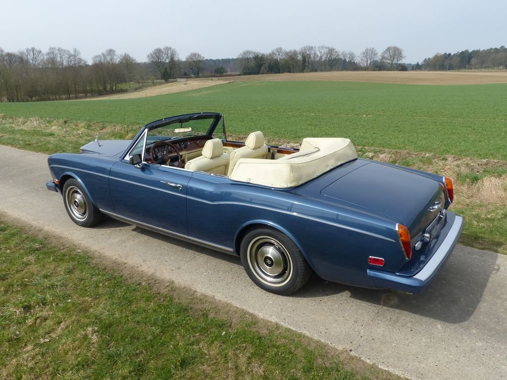 1975 Rolls-Royce Corniche Convertible - one of 587 LHD For Sale (picture 3 of 6)