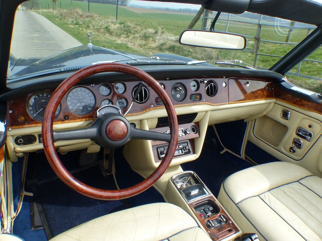 1975 Rolls-Royce Corniche Convertible - one of 587 LHD For Sale (picture 6 of 6)