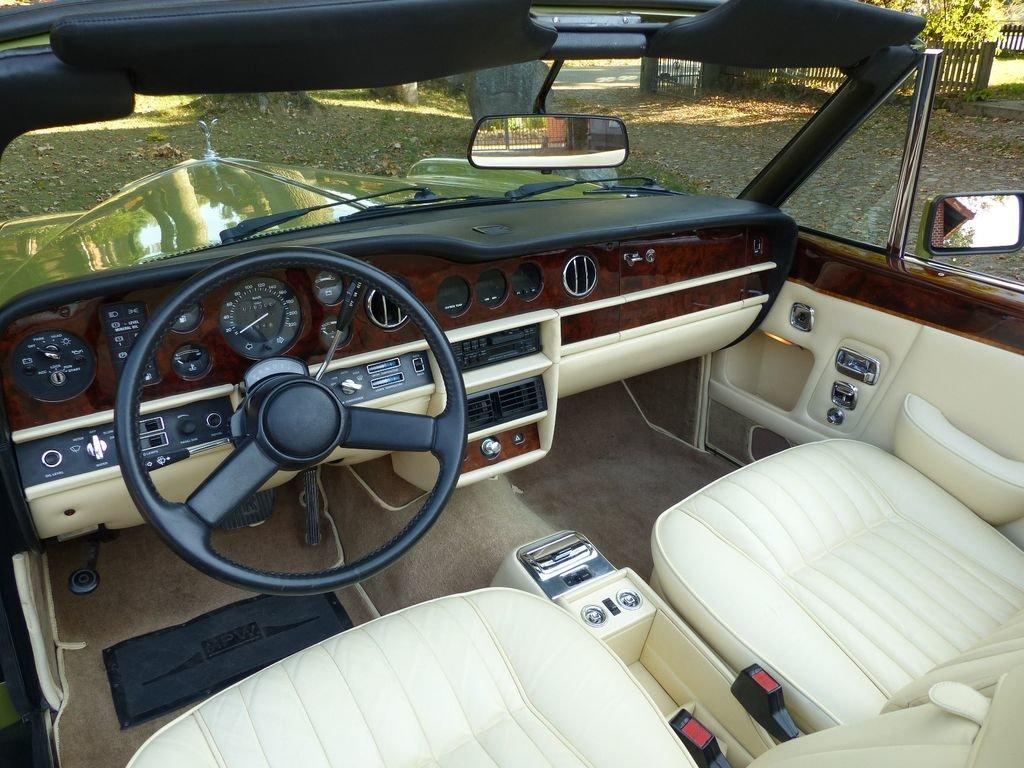 1986 Rolls-Royce Corniche Convertible - bold colourway For Sale (picture 6 of 6)