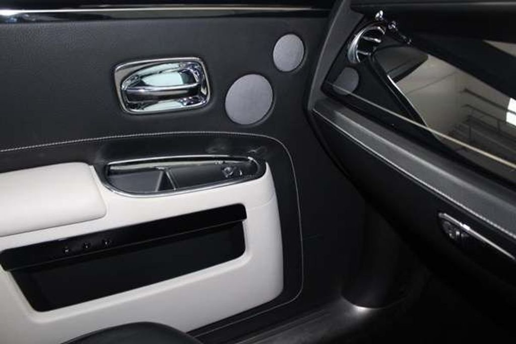 2012 Rolls-Royce Ghost 6.6 ONLY ROLLS ROYCE BUILT TO SPEC For Sale (picture 9 of 10)