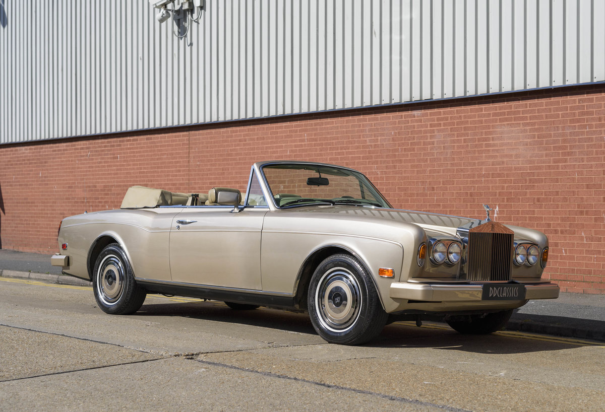 1989 Rolls-Royce Corniche II Convertible (LHD) For Sale (picture 2 of 24)