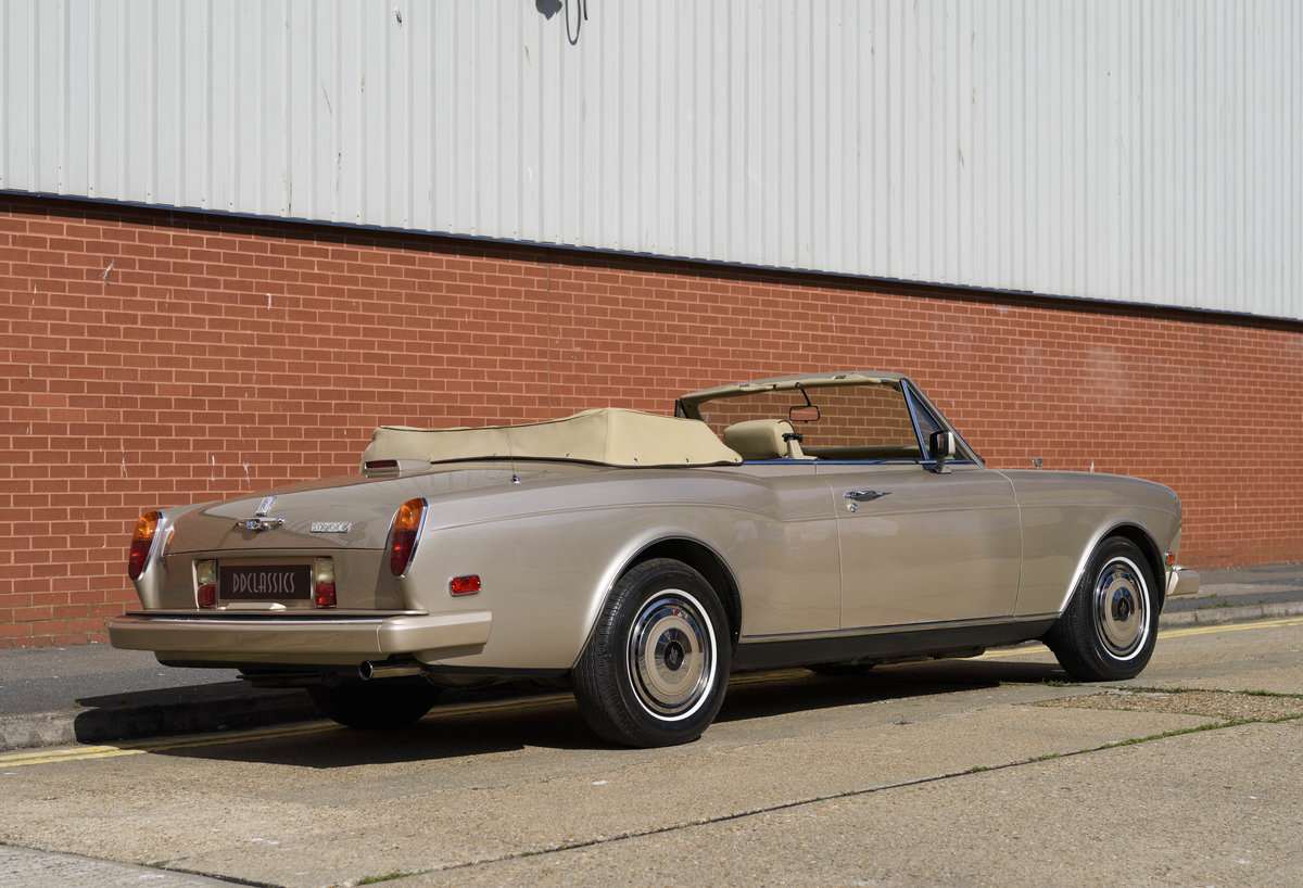1989 Rolls-Royce Corniche II Convertible (LHD) For Sale (picture 3 of 24)