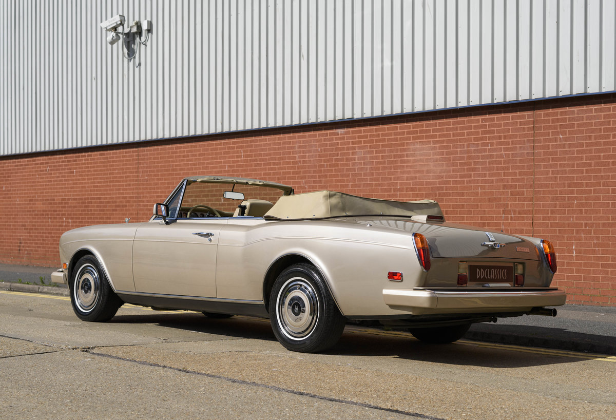 1989 Rolls-Royce Corniche II Convertible (LHD) For Sale (picture 4 of 24)