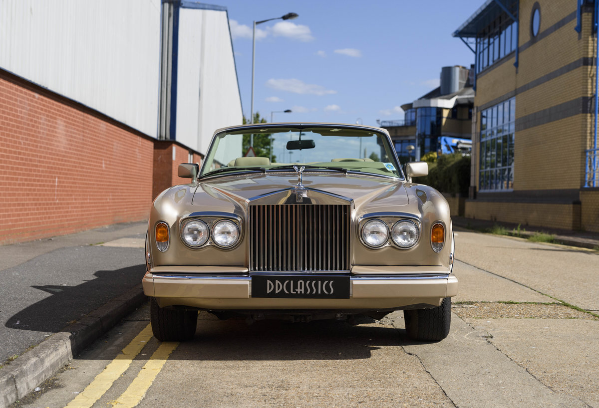 1989 Rolls-Royce Corniche II Convertible (LHD) For Sale (picture 7 of 24)