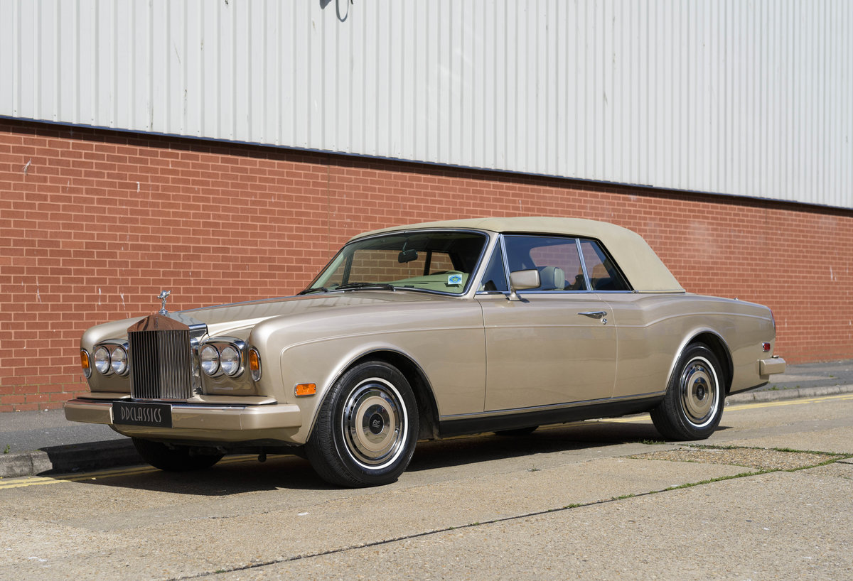 1989 Rolls-Royce Corniche II Convertible (LHD) For Sale (picture 9 of 24)