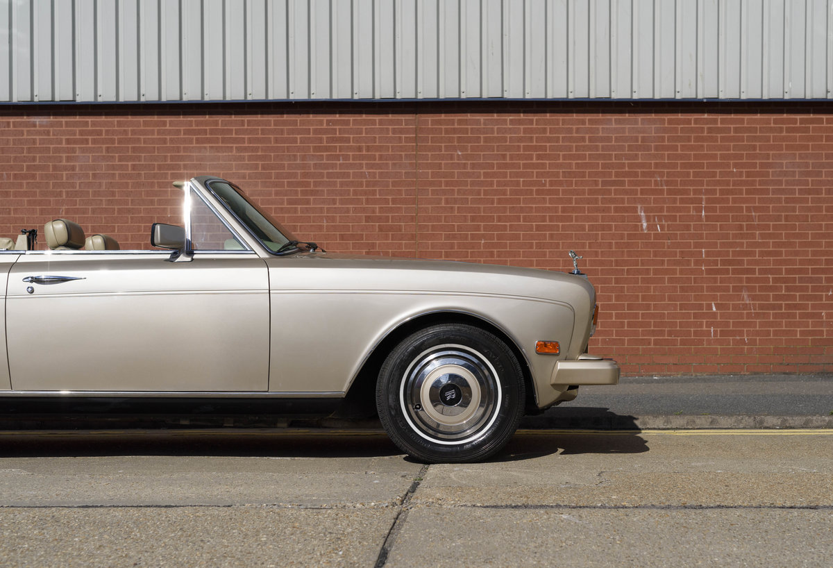 1989 Rolls-Royce Corniche II Convertible (LHD) For Sale (picture 14 of 24)