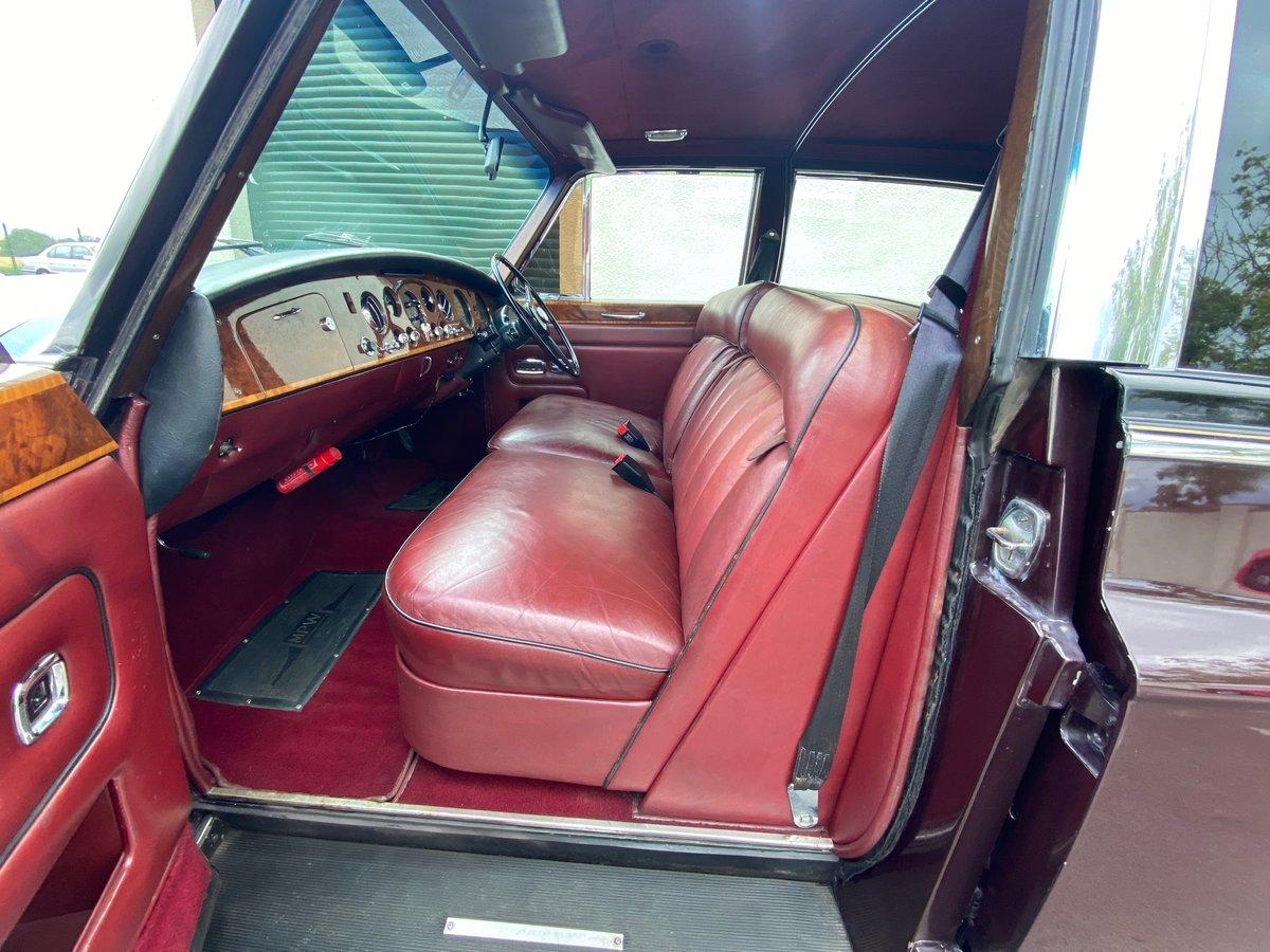 1976 ROLLS ROYCE PHANTOM VI BY MULLINER PARK WARD 6.3 LIMOUSINE For Sale (picture 3 of 6)
