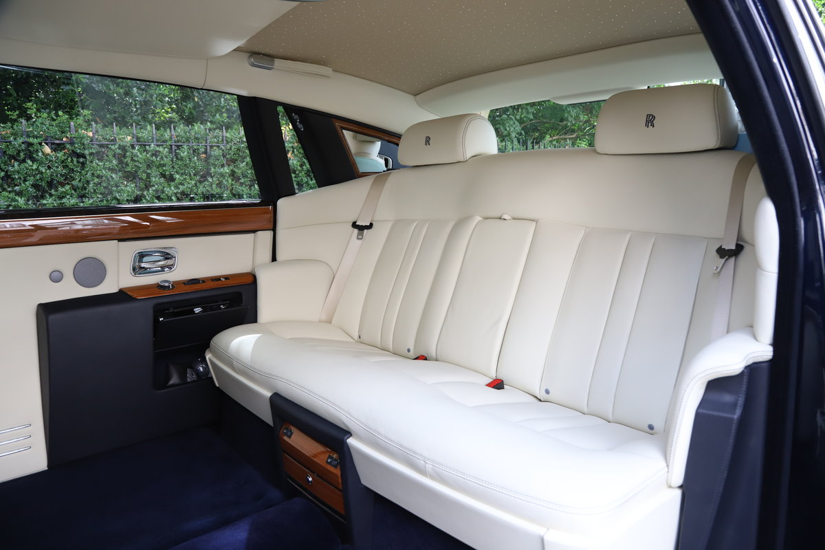 2015 Rolls Royce Phantom II EWB 4DR Auto 6.8 For Sale (picture 5 of 5)